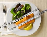 Wie man 10 Kilo mit einem entkoppelten Diätmenü verliert